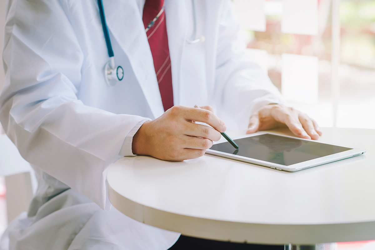 10 Tips to Increase Email Engagement Among Healthcare Professionals